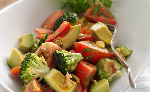 23 raw food salat med avocado og broccoli 612 Select the platform that most useful you prefer, and ahead install it of the journey in order to strike the ground operating whenever you arrive
